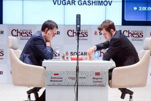 Endelig seier til Carlsen, som slo Wojtaszek