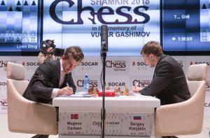 Det ble remis mellom Carlsen og Karjakin