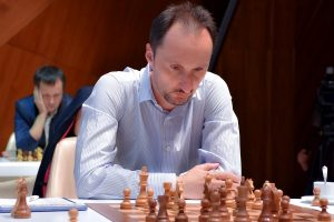 Topalov har tatt ledelsen