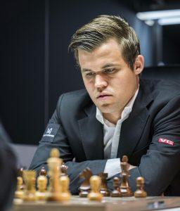 Carlsen topper fortsatt alle lister