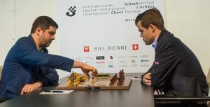 Svidler spilte remis mot Carlsen i 8. runde