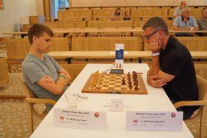 Agdestein gikk ned mot Svane i 8. runde
