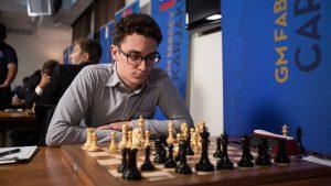 VM-utfordrer Caruana har startet med to remiser