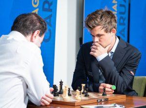 Det ble remis mellom Mamedyarov og Carlsen