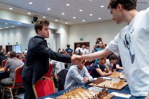 Carlsen måtte nøye seg med remis mot Donchenko