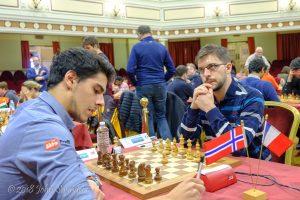 Tari tapte mot Vachier-Lagrave i tredje runde