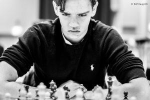 Kaasen kjemper om førsteplass i Oslo Chess Festival