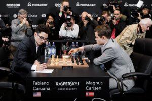 Også tolvte matchparti mellom Carlsen og Caruana endte remis