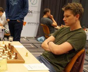 Johan-Sebastian Christiansen er høyest ratede nordmann i Hell Chess International