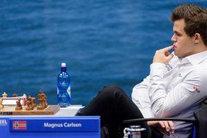 Carlsen vant igjen og har 3½ på de 4 siste