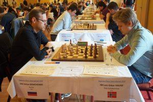 Demchenko slo Hauge og er på vei mot førsteplass