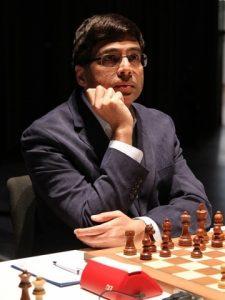 Anand er på delt førsteplass etter fire runder