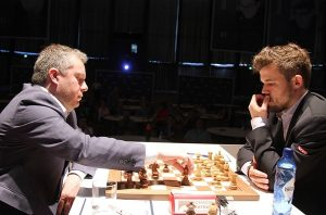 Naiditsch hadde ingen problemer mot Carlsen