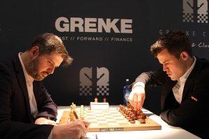 Carlsen med knusende seier mot Svidler