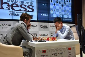 Carlsen måtte jobbe litt for halvpoenget mot Liren Ding
