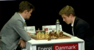 Carlsen slo Bjerre 2-0 i hurtigsjakk