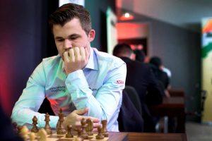 Carlsen har en klar ledelse etter hurtigsjakkdelen av Cote d'Ivoire Rapid & Blitz