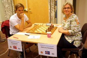 Getz er i delt ledelse etter bl.a. seier mot Ptacnikova