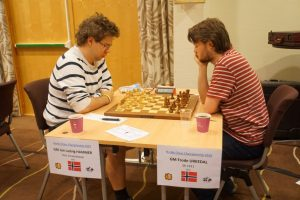 Hammer og Urkedal spilte remis i femte runde