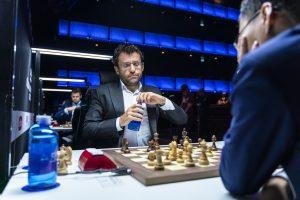 Aronian og Yangyi Yu var Carlsens nærmeste utfordrere