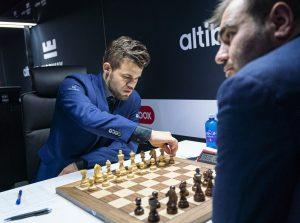 Carlsen slo Mamedyarov på andre forsøk