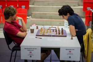 Notkevich og Tari leder Eliteklassen før siste runde