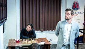 Nakamura og Carlsen er blant spillerne med 50%