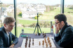 Caruana leder alene etter seier mot Anton Guijarro
