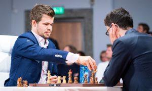 Carlsen gikk til VM-finalen etter seier mot Caruana