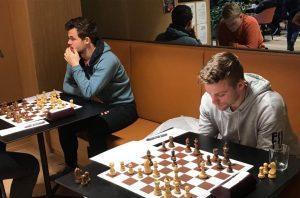 Offerspills Carlsen og IM Joachim B. Nilsen