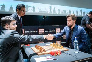 Det ble et skarpt remisparti mellom Vachier-Lagrave og Carlsen