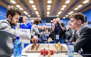 Carlsen berget remis også mot van Foreest