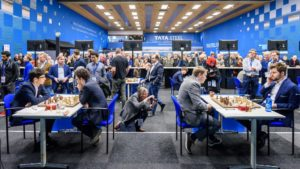 Toppbordene Caruana - Firouzja og Carlsen - Kovalev