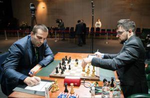 Grischuk måtte slite for halvpoenget mot Vachier-Lagrave