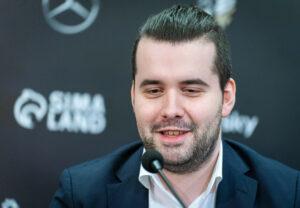 Nepomniachtchi vant Kandidatturneringen og møter Carlsen i VM-match