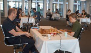 Fra andre runde i Eliteklassen med Elsness - Hauge i forgrunnen