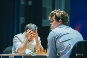 Carlsen vant første parti mot Bacrot