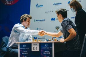 Første parti mellom Carlsern og Esipenko ble remis