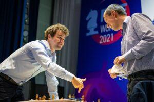 Carlsen og Wojtaszek spilte remis også i parti 2